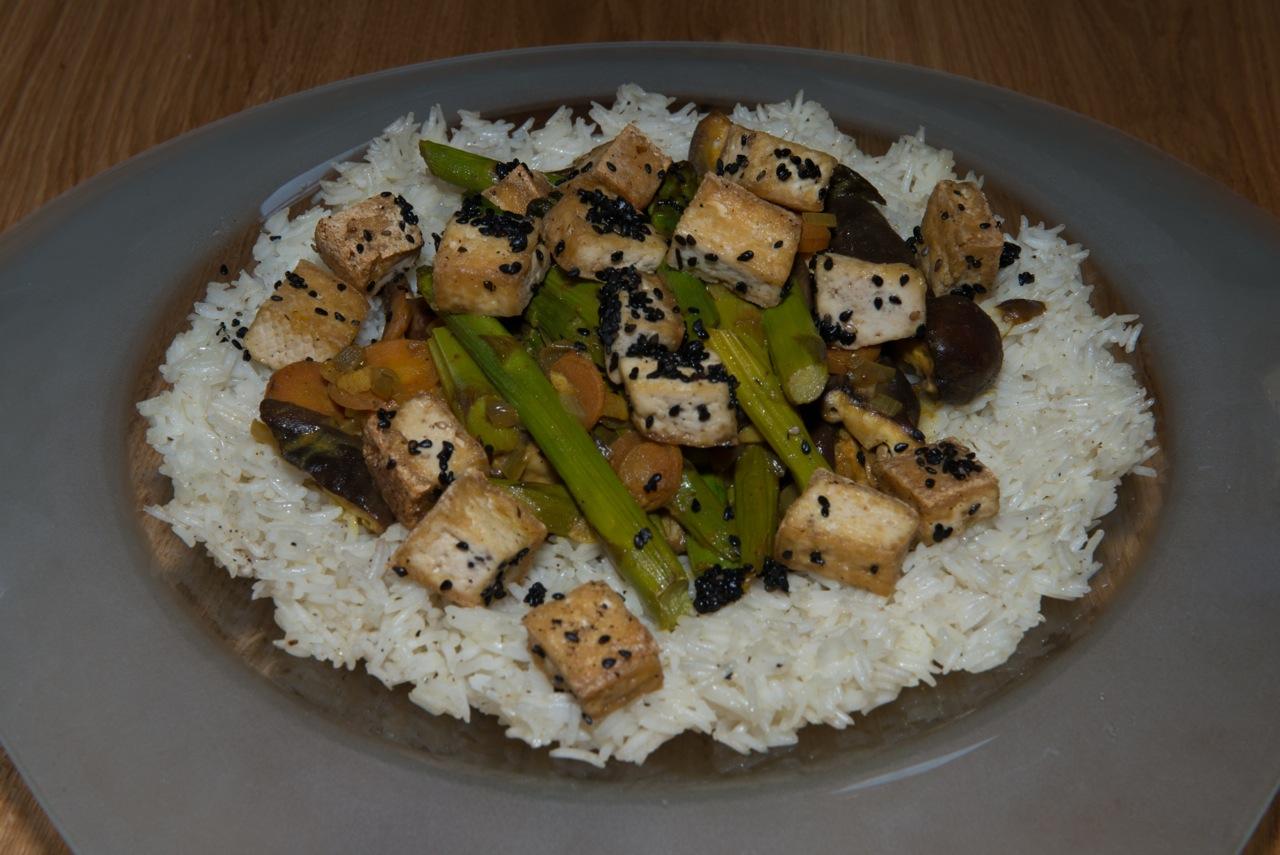 Reis Tofu