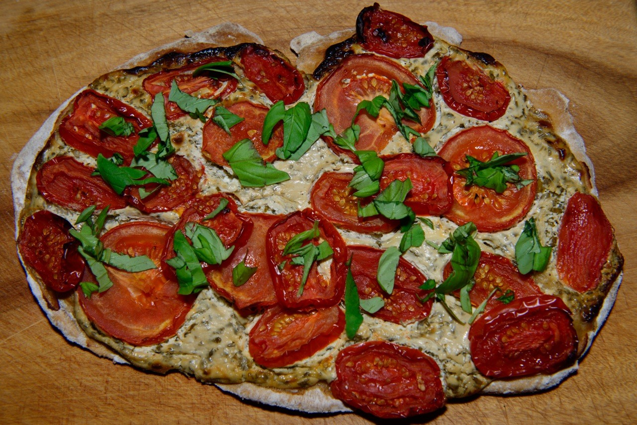 Tomaten-Flammkuchen